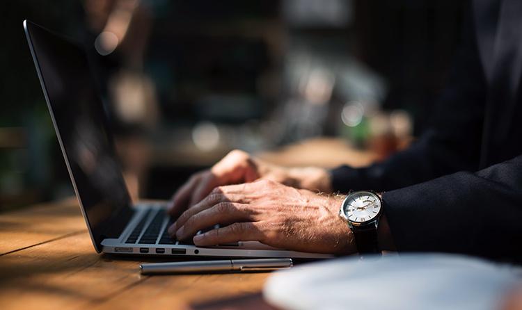 Agregar fecha y hora en las casillas de Excel